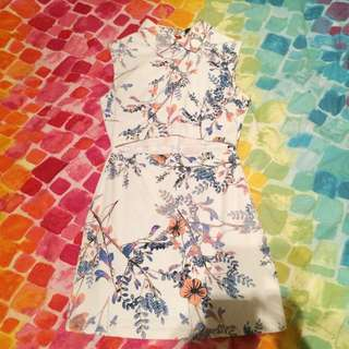 'May' Floral Dress Size 6/XS