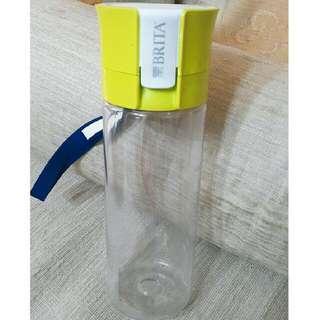 🚚 (含運)BRITA fill&go 隨身濾水瓶-綠色