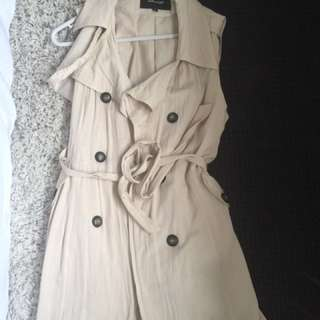 Sleeveless Thin Coat