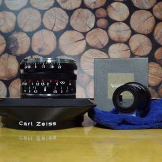 Carl Zeiss C Biogon T* 21mm f4.5 ZM