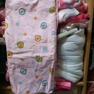 🚚 粉色維妮二用睡袋(含被胎)