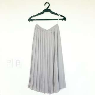 Uniqlo Gray Pleated Skirt