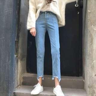 淺藍直筒拼接 不規則 牛仔褲