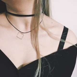 Minimalist Layered Choker - Square