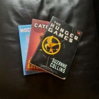 Hunger Games Series By Suzanne Collins