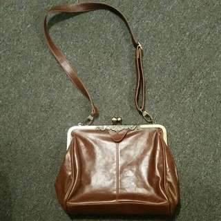 Vintage brown Faux Leather Handbag