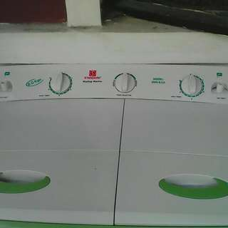(standard) washing machine and dryer