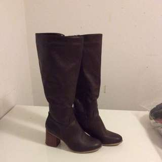 Rubi Knee Length Brown Boots