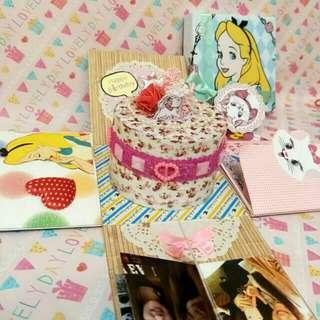 🚚 手工✨愛莉絲瑪莉貓爆炸禮盒卡片  情人節卡片 生日卡片 週年卡片