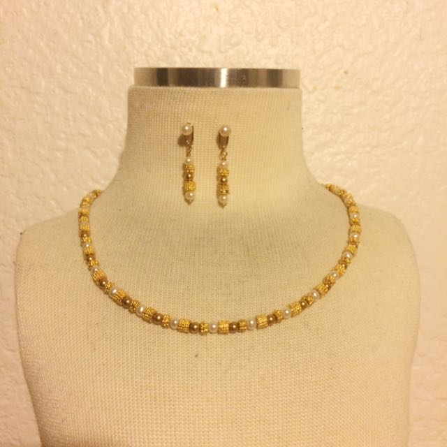 24K Gold And Pearl Necklace And Earrings