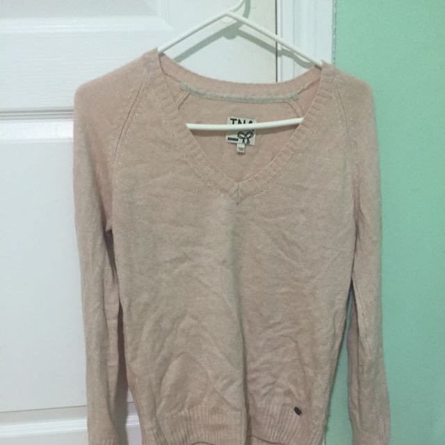 Aritzia TNA Pink Sweater- Medium