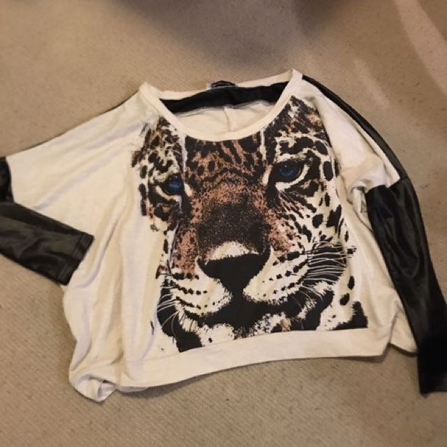 Baggy Top With Leather Sleeves