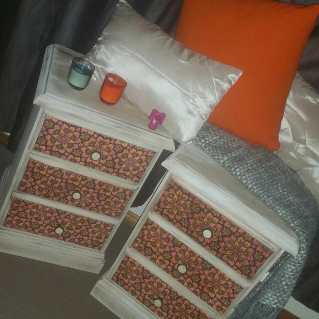Bedside Drawers Set