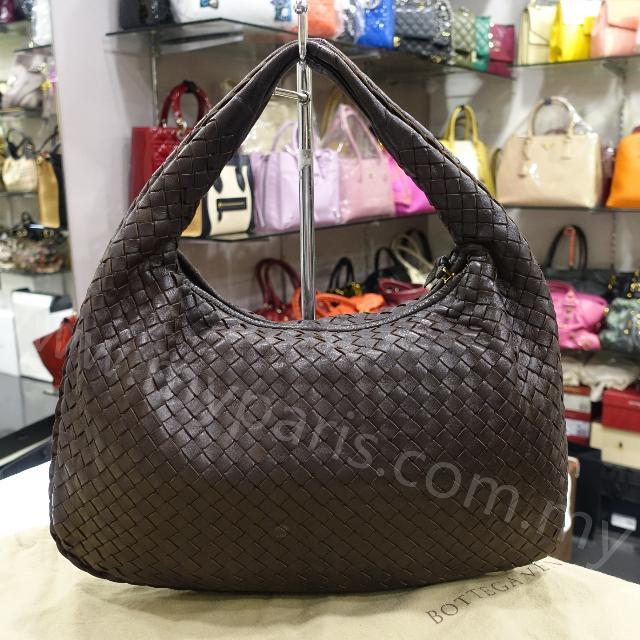 2dde5d32d2 Bottega Veneta Small Intrecciato Hobo Bag In Brown