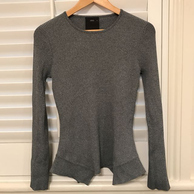 Cameo Grey Knit Top - Size M