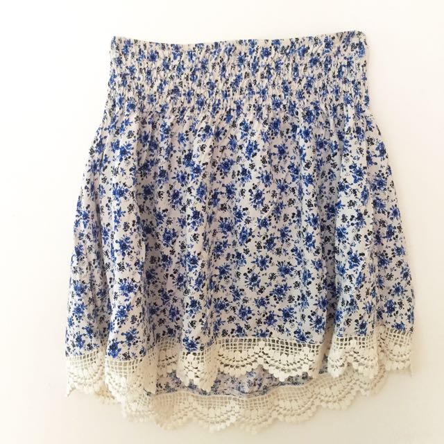 Chicabooti Floral Skirt