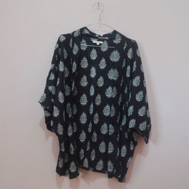 Colorbox Patterned Outer
