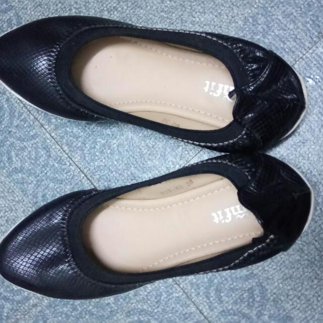 Comfit flat shoes