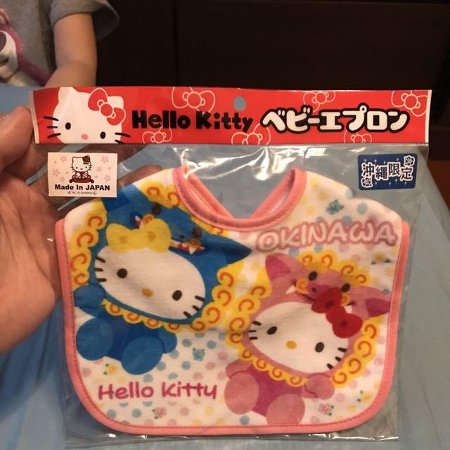 沖繩限定Hello Kitty圍兜口水巾
