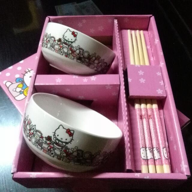 Hello Kitty BOWL & CHOPSTICKS SET