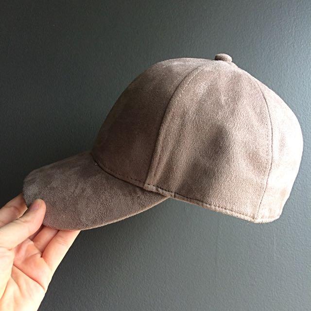 H&M Taupe Cap
