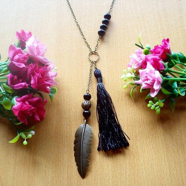 Kalung Feather Black Tassel