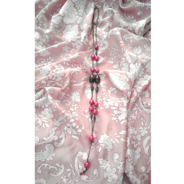 Pearl Necklace - Pink