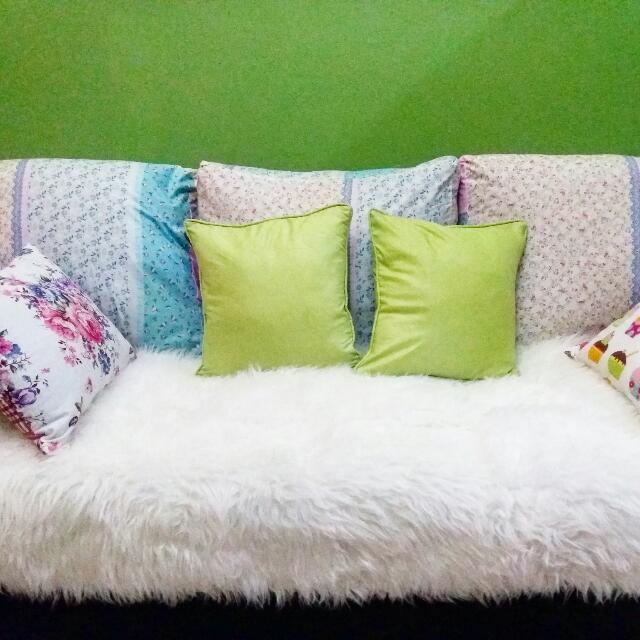 Karpet Putih Bulu