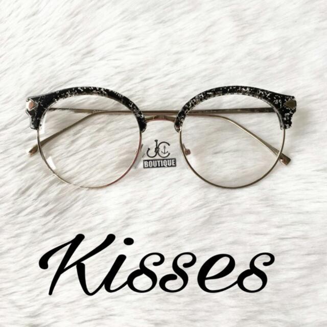 Kisses Shades