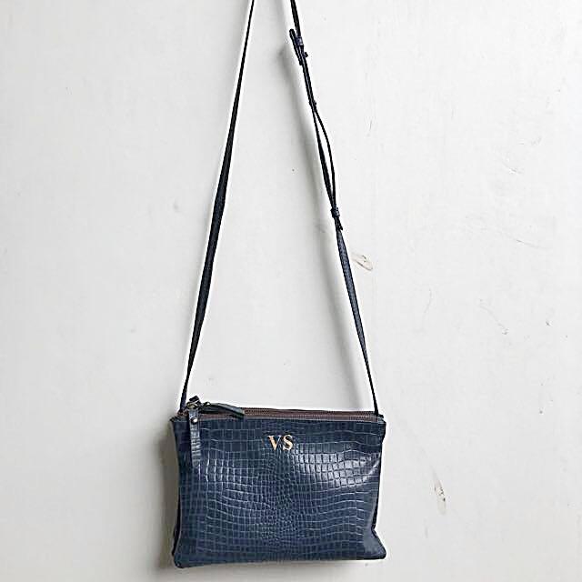 Linden Willow Sling Bag Navy