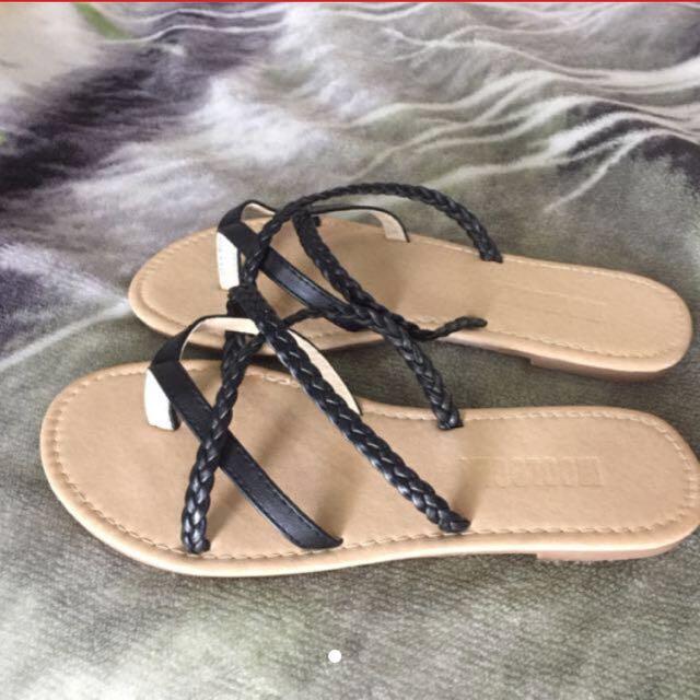 Mooloola Sandals