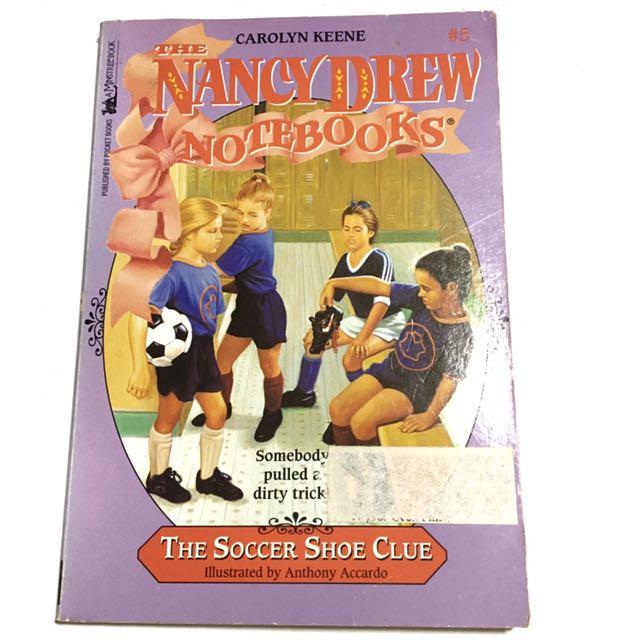 NANCY DREW: THE SOCCER SHOE CLUE by Carolyn Keene