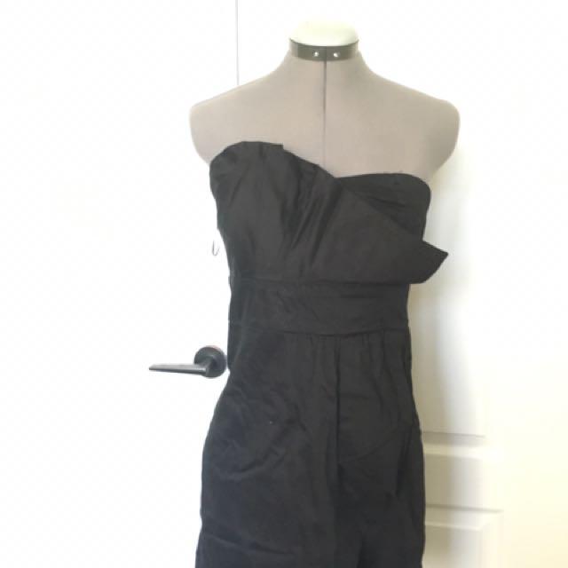 NWOT black Strapless Dress Size L