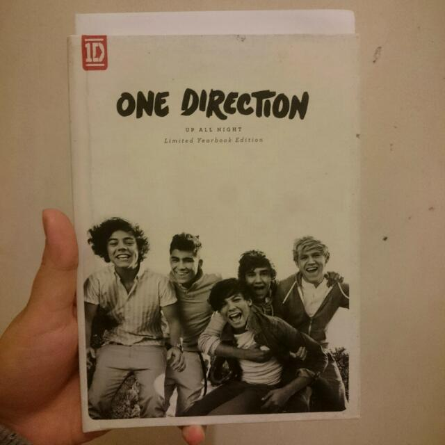 One Direction Up All Night Limited Editiom Yearbook