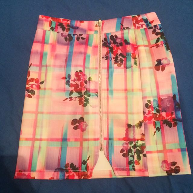 Paint It Red Skirt XS