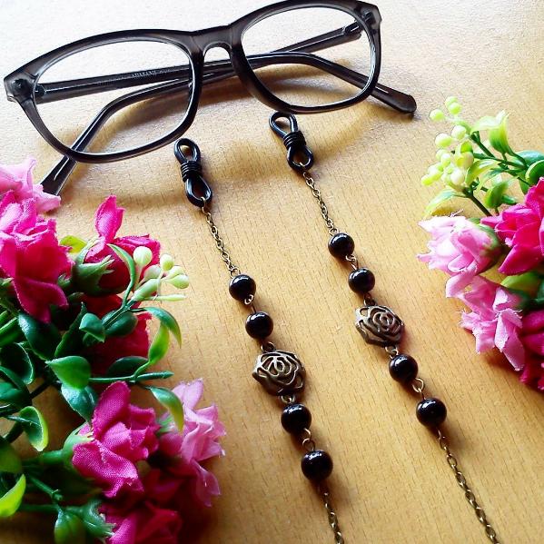 Rantai Kacamata Glasses Strap Black Rose
