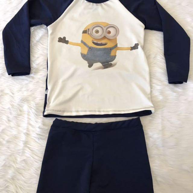 "Rashguard ""minions"" For Kids 7 To 9 Yrs. Old"