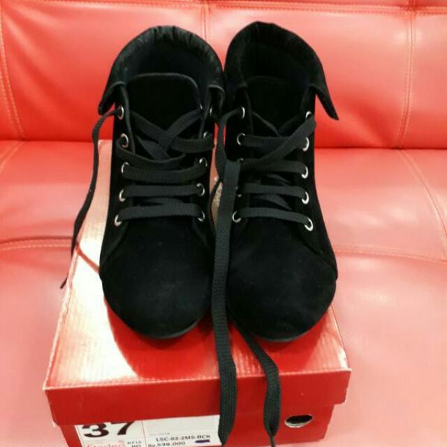 Sepatu Boots Fladeo