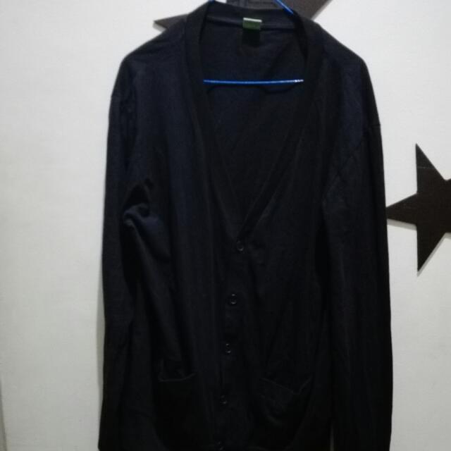 Tomato Cardigan (black)
