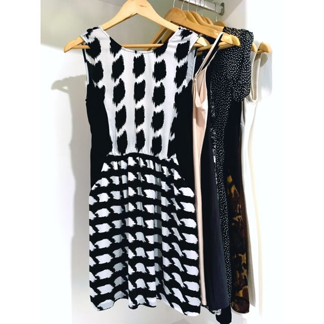 UO Silence + Noise Graphic Dress