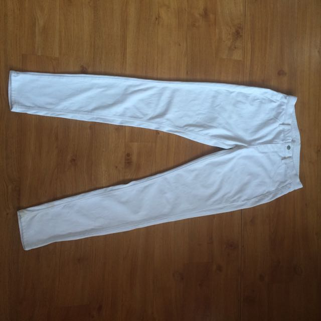 White Trouser By Uniqlo (jegging)