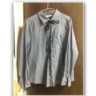 藍色蝴蝶結襯衫