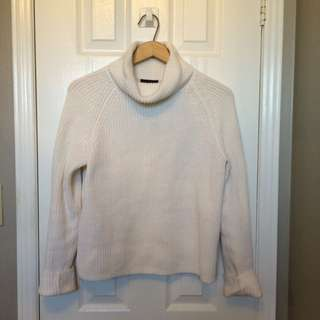 LORD & TAYLOR FISHERMAN TURTLENECK SIZE MEDIUM