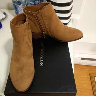 BNIB Expression Ankle Boots