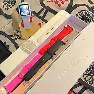 Apple Watch 42mm 6 Bqnds, Stand + Warranty
