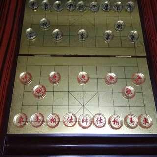 實木水晶中國象棋 一減再減 原價 220 現減至 100