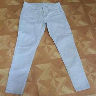 Uniqlo Skinny Beige Pants