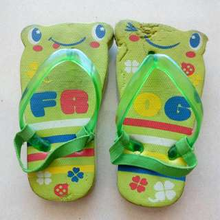 Slipper For Unisex Kids ** FREE ITEMS!!