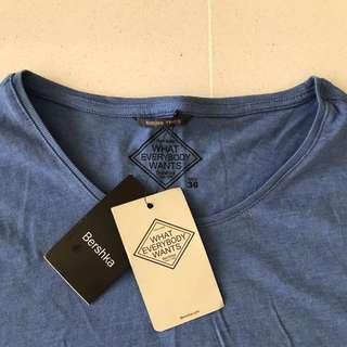 Tshirt - Blue - Small (New)
