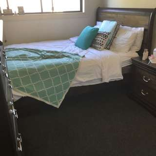 Private Bedroom Available In Merrylands West